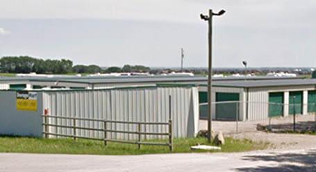 StorageMart 338 Ave East in Okotoks Self Storage