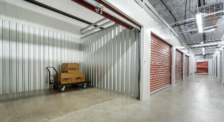 StorageMart en E 8th St en Kansas City almacenamiento interior