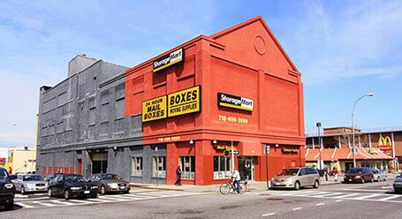 StorageMart en 4th-Avenue en Brooklyn Almacenamiento