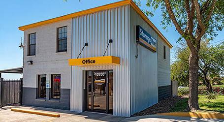 StorageMart en Braun Road en San Antonio Almacenamiento