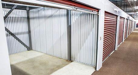 StorageMart en Butterfield Road en Hillside Control climático
