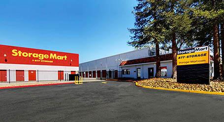 StorageMart en Clayton Road en Concord almacenamiento