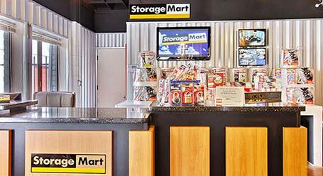 StorageMart en Clayton Road en Concord Instalación de Almacenamiento