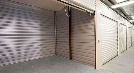 StorageMart en Collins Industrial Boulevard en Athens almacenamiento interior