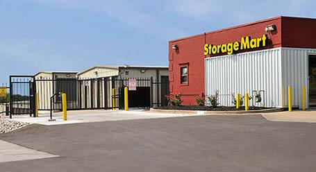 StorageMart en East US Highway 40 en Independence unidades de almacenamiento