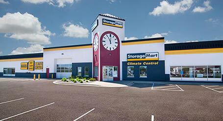 StorageMart en Excelsior Boulevard en Hopkins Almacenamiento