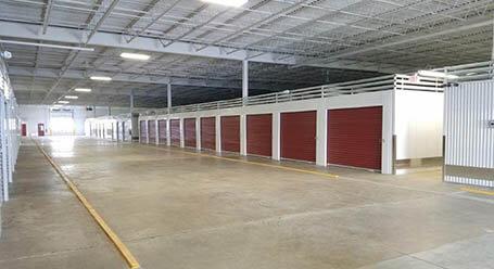 StorageMart en Excelsior Boulevard en Hopkins Zonas de carga cubiertas