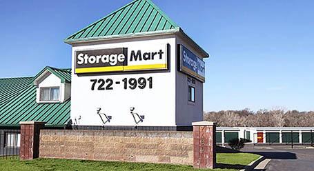 StorageMart en Frontage Road en Merriam Almacenamiento