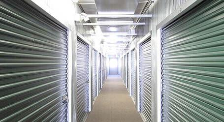 StorageMart en Frontage Road en Merriam Control climático