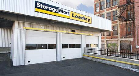 StorageMart en Grand Boulevard en Centro de Kansas-City unidades de almacenamiento