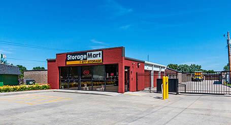 StorageMart en Hickman road en Windsor Heights instalación de almacenamiento