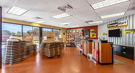 StorageMart en Hickman road en Windsor Heights Unidades de almacenamiento