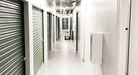 StorageMart en North 102 Street en Omaha Control climático