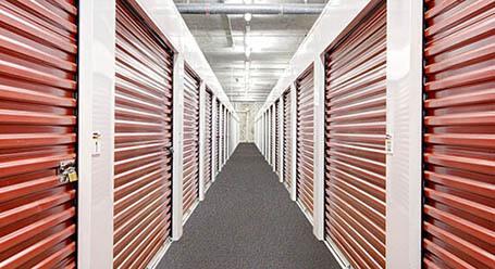 StorageMart en Northwest 7th street en Little Havana unidades de almacenamiento