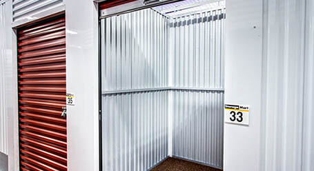 StorageMart en Northwest 7th street en Miami Control climático