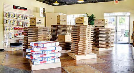 StorageMart en Northwest 7th street en Miami instalación de almacenamiento