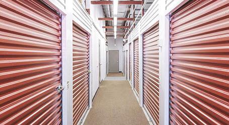 StorageMart en Northwest Prairie View Road en Kansas City Control climático