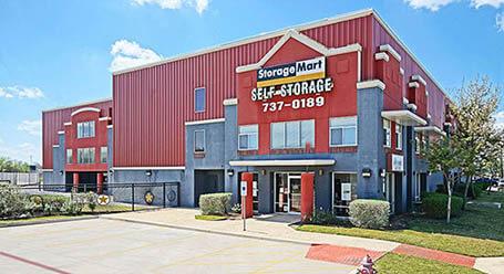 StorageMart en Olmos Drive en San Antonio Almacenamiento