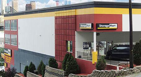 StorageMart en River Road en West New York Almacenamiento