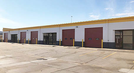 StorageMart en Scott Circle en Omaha Zonas de carga cubiertas