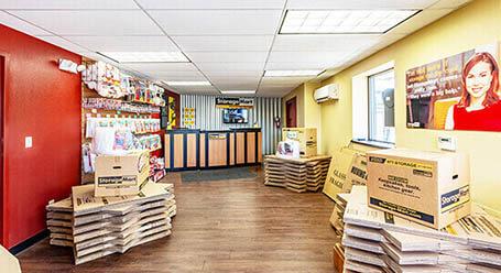 StorageMart en South 13th Street en West Des Moines instalación de almacenamiento