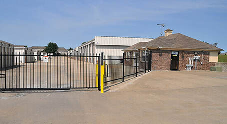 StorageMart en South State Route 291 en Lees Summit Acceso privado