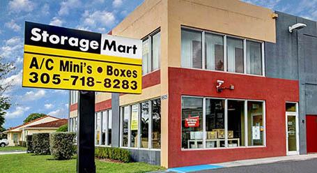 StorageMart en Southwest 40th street en Miami Almacenamiento