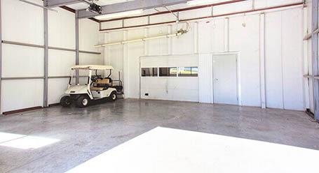 StorageMart en Southwest Boulevard en Kansas City_Zonas de carga cubiertas