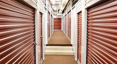 StorageMart en St. Marys Boulevard en Jefferson City Control climático
