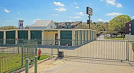StorageMart en Thousand Oaks Drive en San Antonio Acceso privado