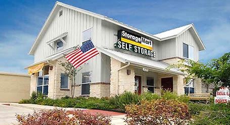 StorageMart en Thousand Oaks Drive en San Antonio Almacenamiento