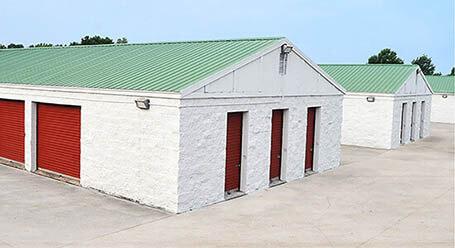 StorageMart en US Highway 40 en Blue Springs almacenamiento accesible en vehículo