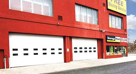 StorageMart en Wallabout Street en Brooklyn Zonas de carga cubiertas