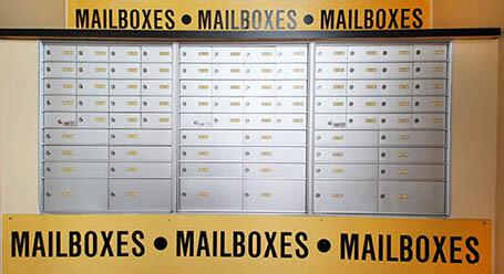 StorageMart en Wallabout Street en Williamsburg Buzones de correo