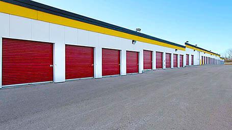 StorageMart en Walters Road en Fairfield Almacenamiento accesible en vehículo