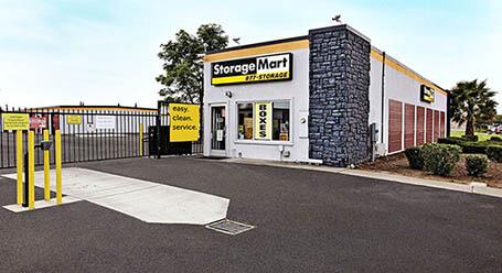 StorageMart en Walters Road en Fairfield Almacenamiento
