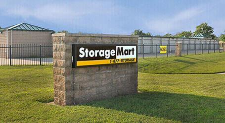 StorageMart en West 43rd Street en Shawnee instalación de almacenamiento