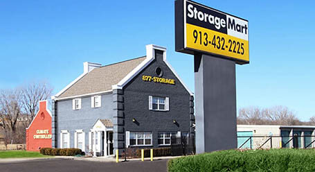 StorageMart en West 67th Street en Merriam Almacenamiento