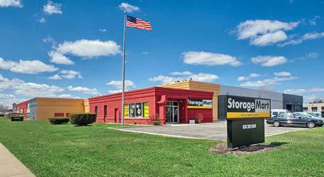 StorageMart en West North Ave en Lombard Almacenamiento