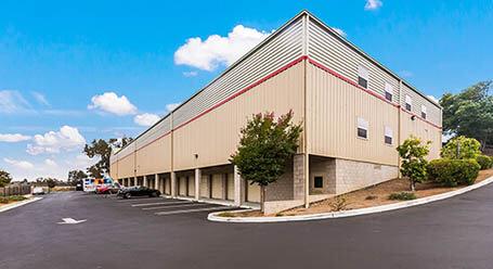 StorageMart en Westgate Drive en Watsonville instalación de almacenamiento