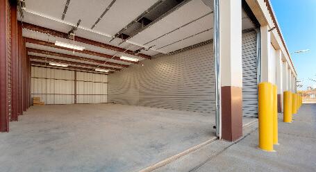 StorageMart on Irvington Rd in Omaha large storage space
