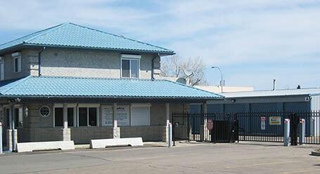 StorageMart on 127 St NW in Edmonton Self Storage