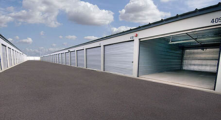 StorageMart on 2 Ave S in Lethbridge Drive-Up Unit