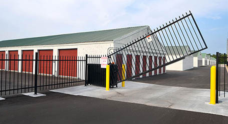 StorageMart on 465 SE Oldham Pkwy in Lees Summit Gated Access