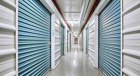 StorageMart on Adelaide St N in London Climate Controlled Unit