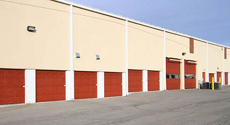 StorageMart on Antioch Road in Overland Park Drive-Up Units