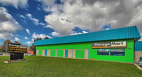 StorageMart on Bell Farm Rd in Barrie Self Storage