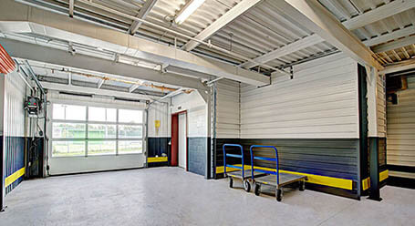 StorageMart on Boul Sir-Wilfrid-Laurier in St Hubert Loading Bay