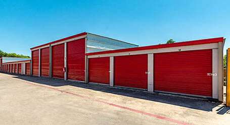 StorageMart on Braun Road in San Antonio Drive-Up Units