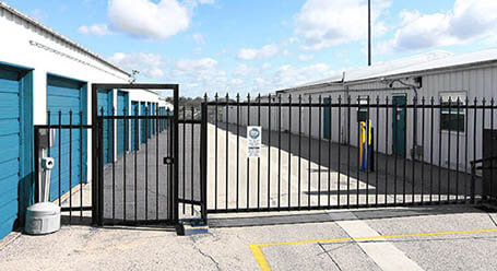 StorageMart on Crown Point Ave in Omaha Gated Access